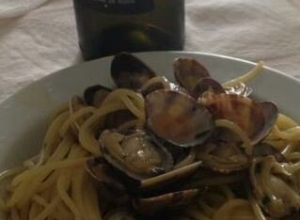 Capafresca Falanghina con Spaghettone bio di Gragnano con vongole